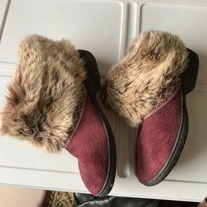 isotoner Shoes - Isotoner slippers